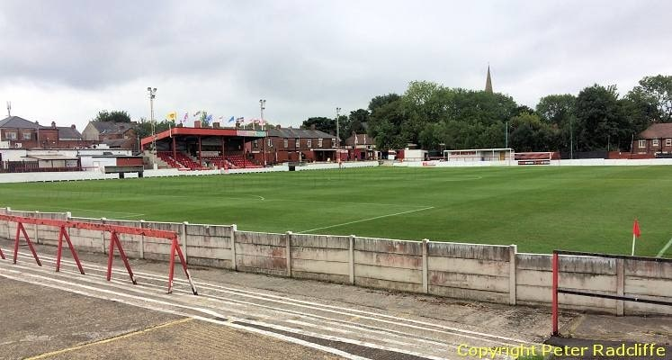 ashton-united-hurst-cross-looking-across-to-the-main-stand-1535575477