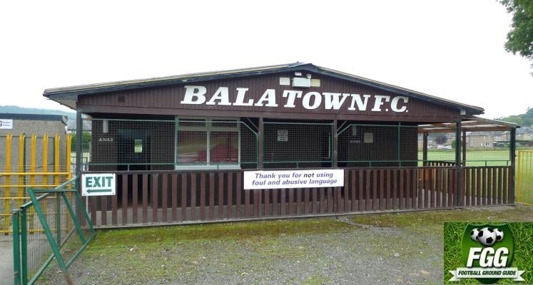 bala-town-maes-tegid-changing-rooms-1456076518