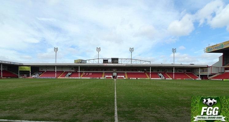 banks-bescot-stadium-walsall-fc-main-stand-1418553109
