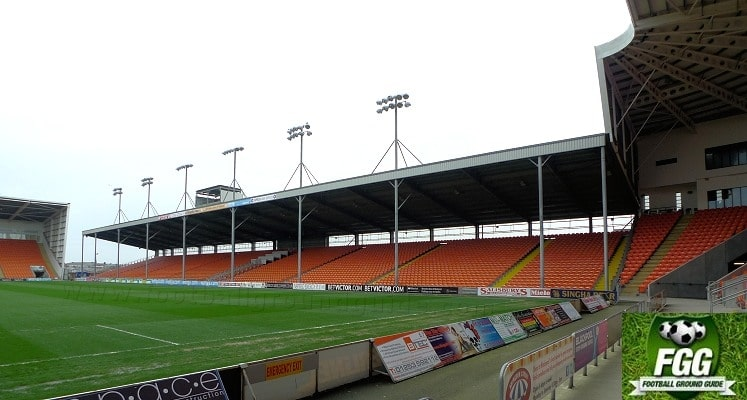 bloomfield-road-blackpool-east-stand-1414605759