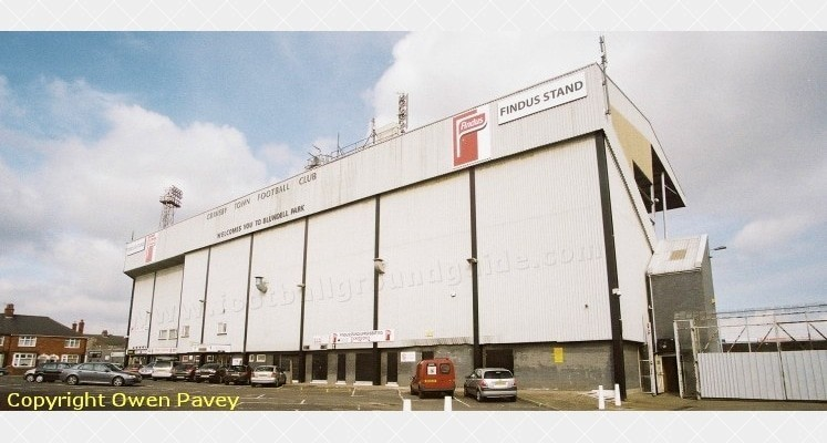 blundell-park-grimsby-town-fc-external-view-1420820166