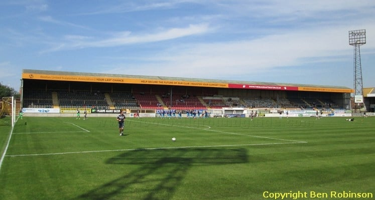 boston-united-fc-york-street-main-stand-1421438672