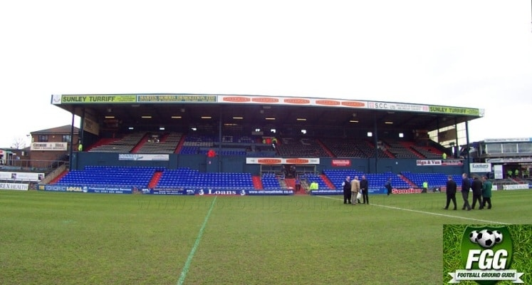boundary-park-oldham-athletic-fc-main-stand-1418151850