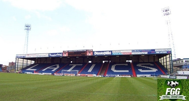 boundary-park-oldham-athletic-fc-rochdale-road-end-1418151850