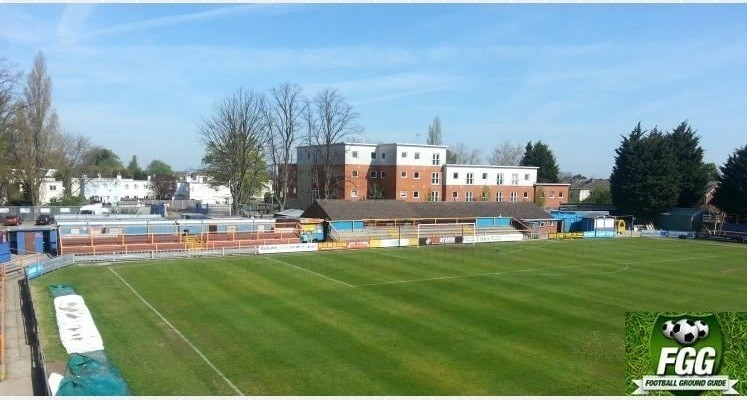 braintree-town-fc-clubhouse-end-1470494449