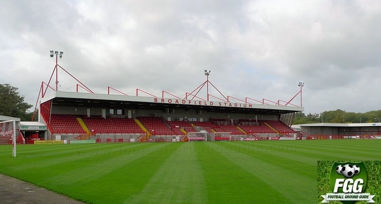 broadfield-stadium-crawley-main-west-stand-1418662859