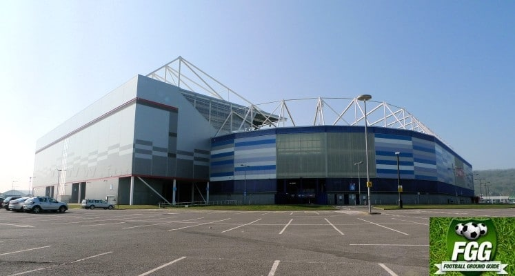 cardiff-city-fc-stadium-ninian-stand-external-view-1430314374
