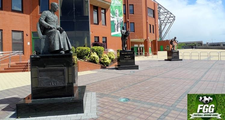 celtic-park-glasgow-brother-walfrid-statue-1436634101