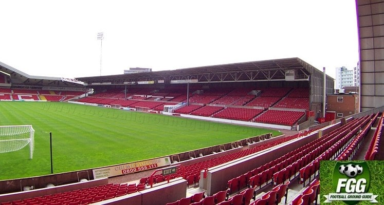 city-ground-nottingham-forest-fc-main-stand-1417082199
