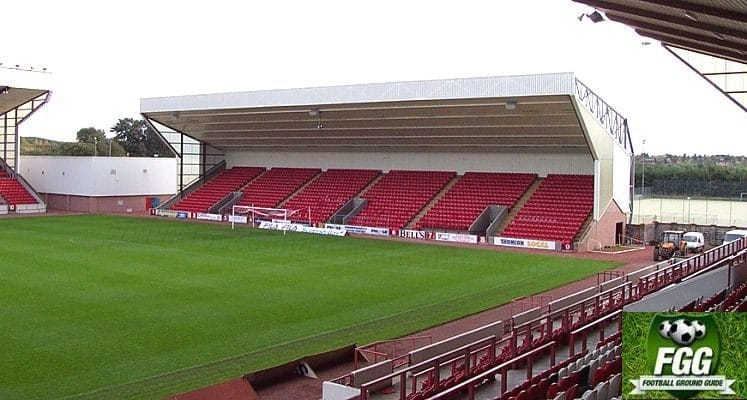 clyde-fc-broadwood-stadium-south-stand-1436186609