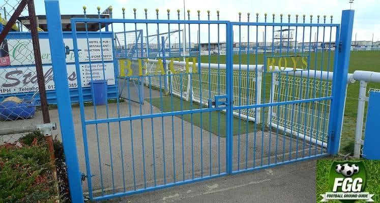 concord-rangers-thames-road-ground-gates-1473423157