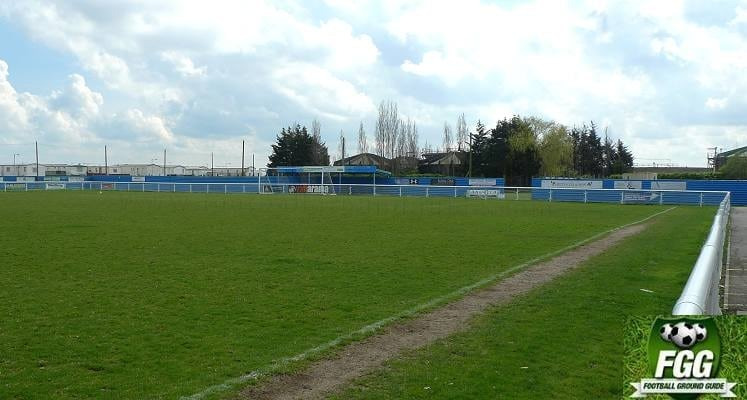 concord-rangers-thames-road-south-end-1473420795
