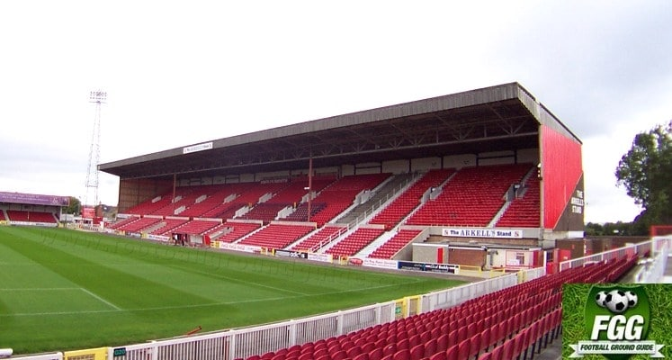 county-ground-swindon-town-fc-arkells-stand-1418551205