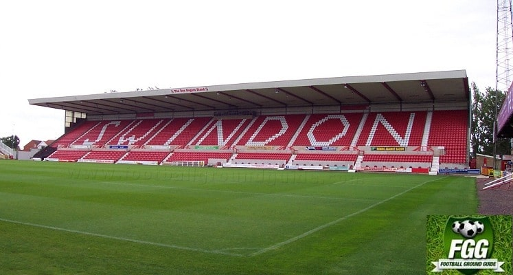 county-ground-swindon-town-fc-don-rogers-stand-1418551206