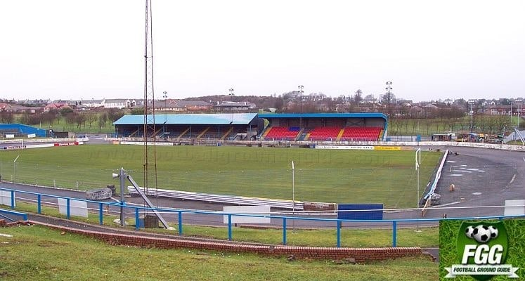 cowdenbeath-fc-central-park-main-stands-1433497832
