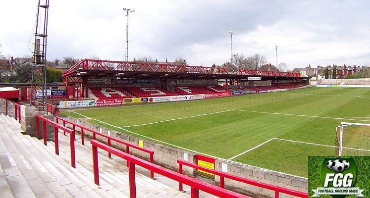 crown-ground-accrington-stanley-fc-main-stand-1418915244