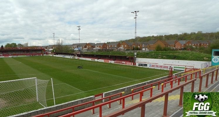 crown-ground-accrington-stanley-fc-whinney-hill-side-1418915245