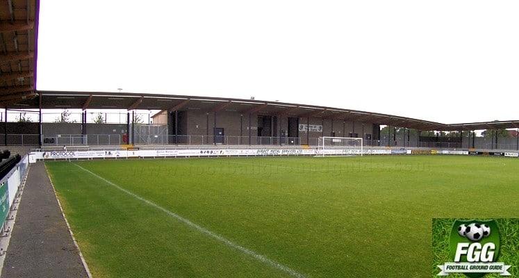 dartford-fc-princes-park-car-park-end-1420632106