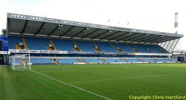 dockers-stand-the-den-millwall-1547325033