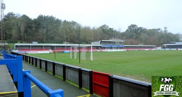 dover-athletic-fc-crabble-athletic-ground-main-stand-2016-1470509260
