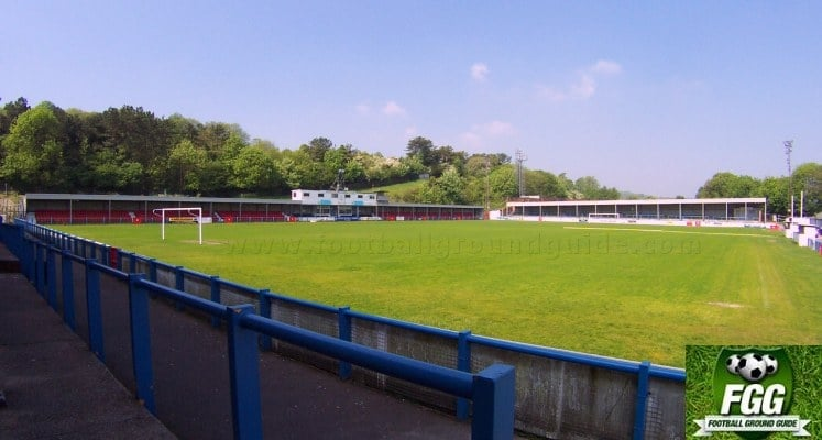 dover-athletic-fc-crabble-athletic-ground-main-stand-and-river-end-1420723684