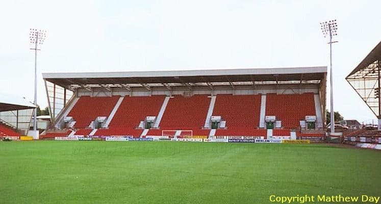 dunfermline-fc-east-end-parkeast-stand-1435228395