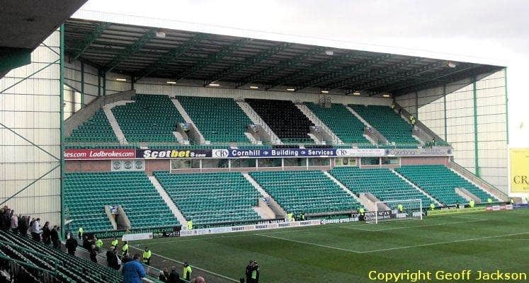 easter-road-hibernian-fc-famous-five-stand-1433870682