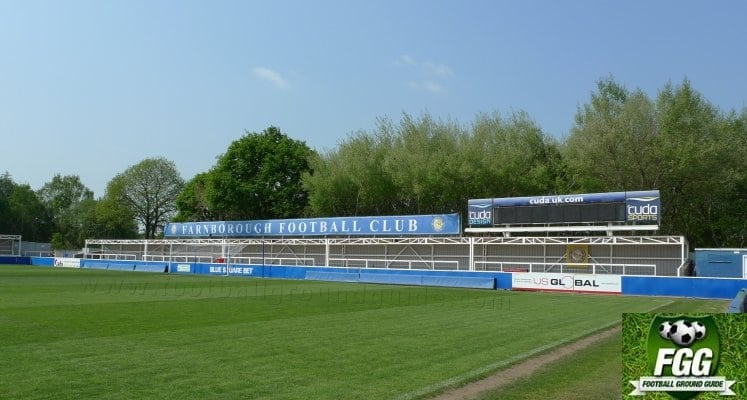 farnborough-fc-moor-road-end-1422640415