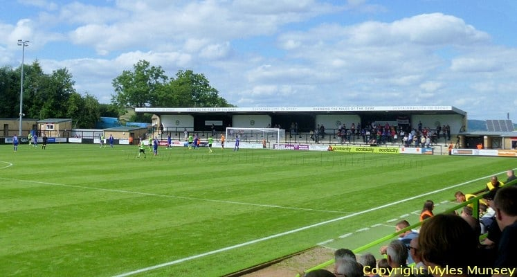forest-green-rovers-fc-the-new-lawn-nympsfield-road-end-1420743230
