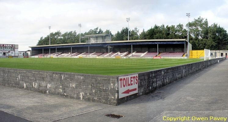 galway-united-fc-eamonn-deacy-park-north-stand-1424812618