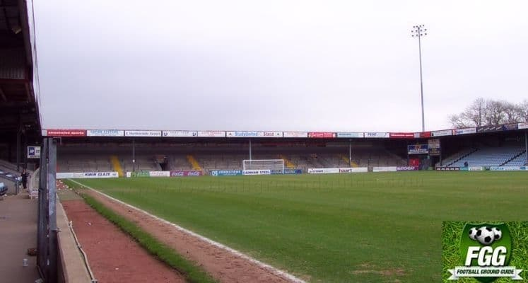 glanford-park-scunthorpe-united-fc-home-terrace-1418381120