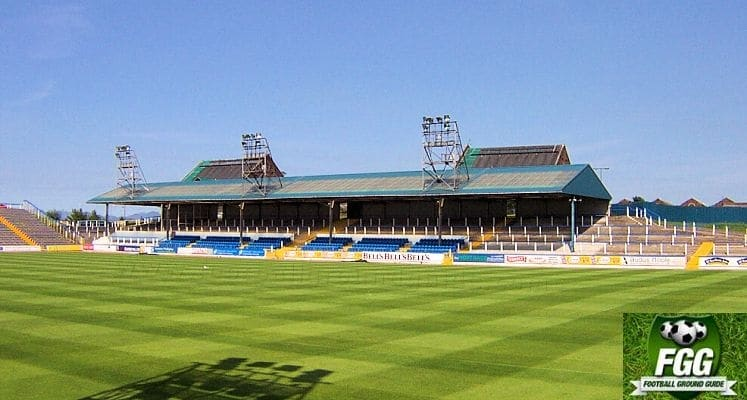 greenock-morton-fc-cappielow-park-the-cowshed-1435829385