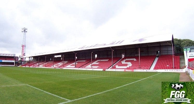 griffin-park-brentford-fc-bill-axeby-stand-1414607485