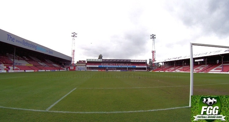 griffin-park-brentford-fc-brook-road-stand-1414607485