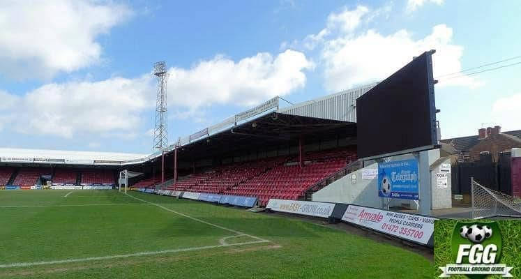 grimsby-town-blundell-park-osmond-stand-1464029464