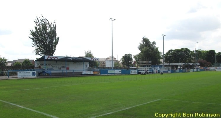 guiseley-afc-nethermoor-park-clubhouse-side-1421521759