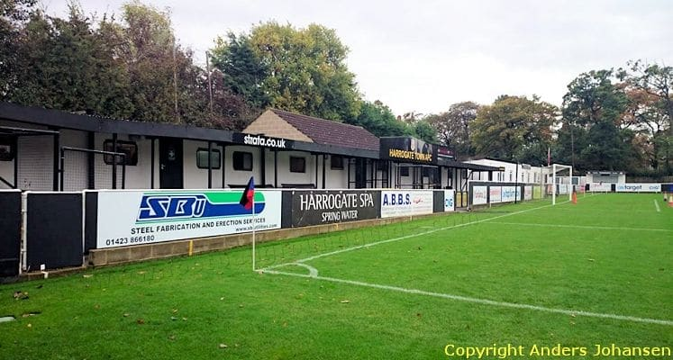 harrogate-town-afc-wetherby-road-clubhouse-end-1421588772