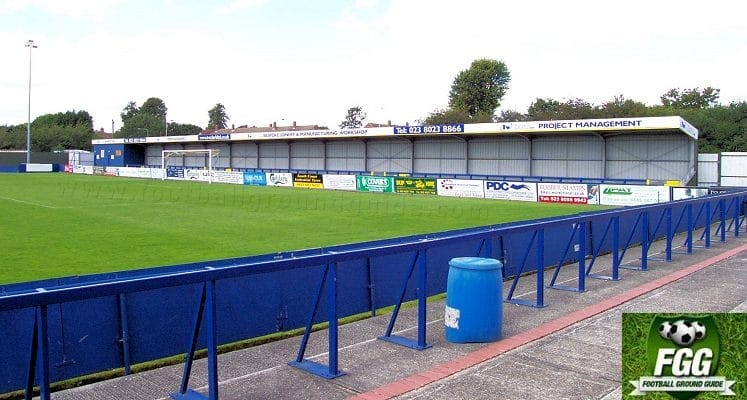 havant-and-waterlooville-fc-westleigh-park-north-terrace-1422740620