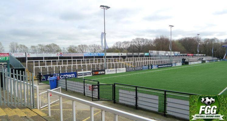 hayes-lane-bromley-cricket-club-side-terrace-1592614690