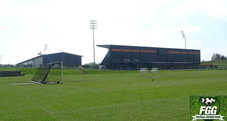 hive-stadium-barnet-north-stand-external-view-1512744606