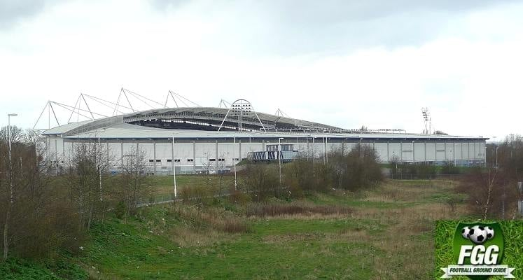 kcom-stadium-hull-city-view-from-railway-bridge-1462962688