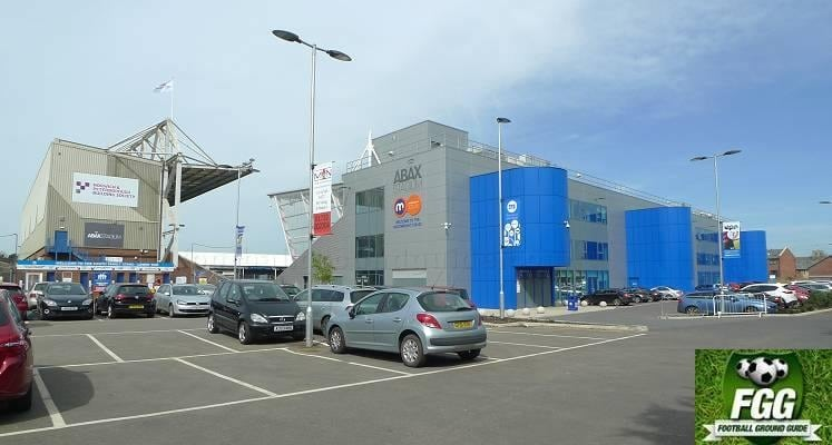 london-road-peterborough-united-motorpoint-stand-external-view-1483111960
