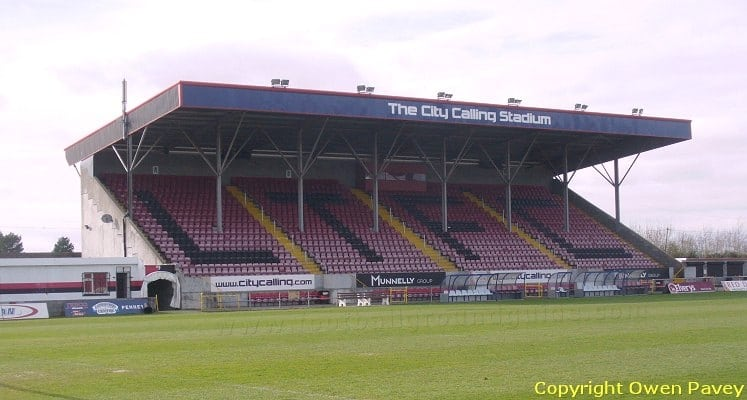 longford-town-fc-city-calling-stadium-main-stand-1424623845