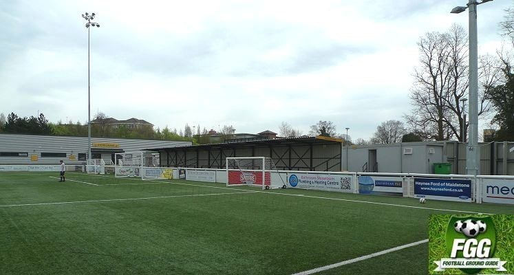 maidstone-united-south-terrace-1438697676