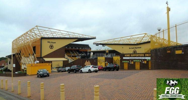 molineux-wolverhampton-wanderers-billy-wright-and-sir-jack-hayward-stands-external-view-1578068458