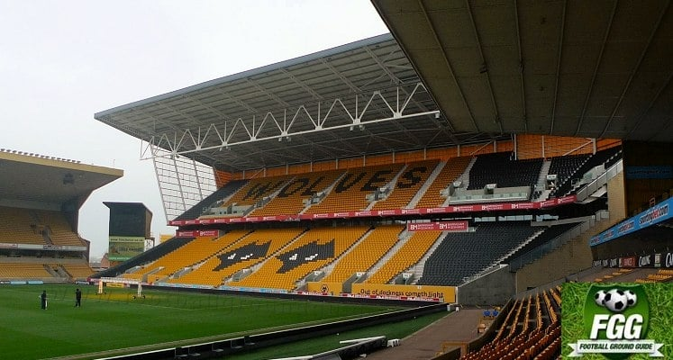 molineux-wolverhampton-wanderers-fc-stan-cullis-stand-1418655993