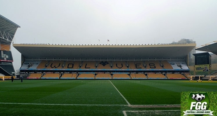 molineux-wolverhampton-wanderers-fc-steve-bull-stand-1417263999