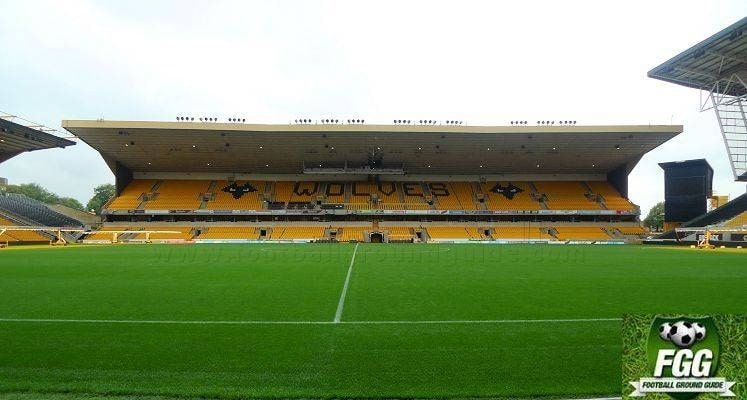 molineux-wolverhampton-wanderers-steve-bull-stand-1578068458