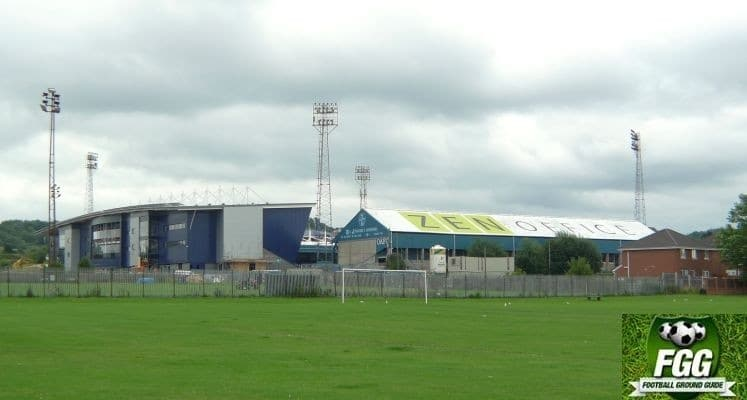 oldham-athletic-boundary-park-external-view-1440436674