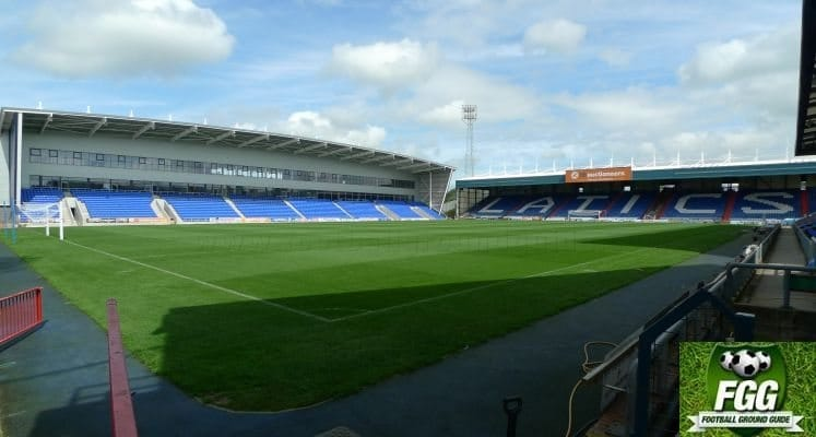 oldham-athletic-boundary-park-north-and-rochdale-road-stands-1440436674